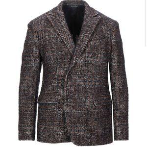 Italian wool double-breasted blazer